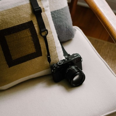 M1a Camera Strap in basic black, on Fujifilm X-Pro1 with 56mm f/1.2