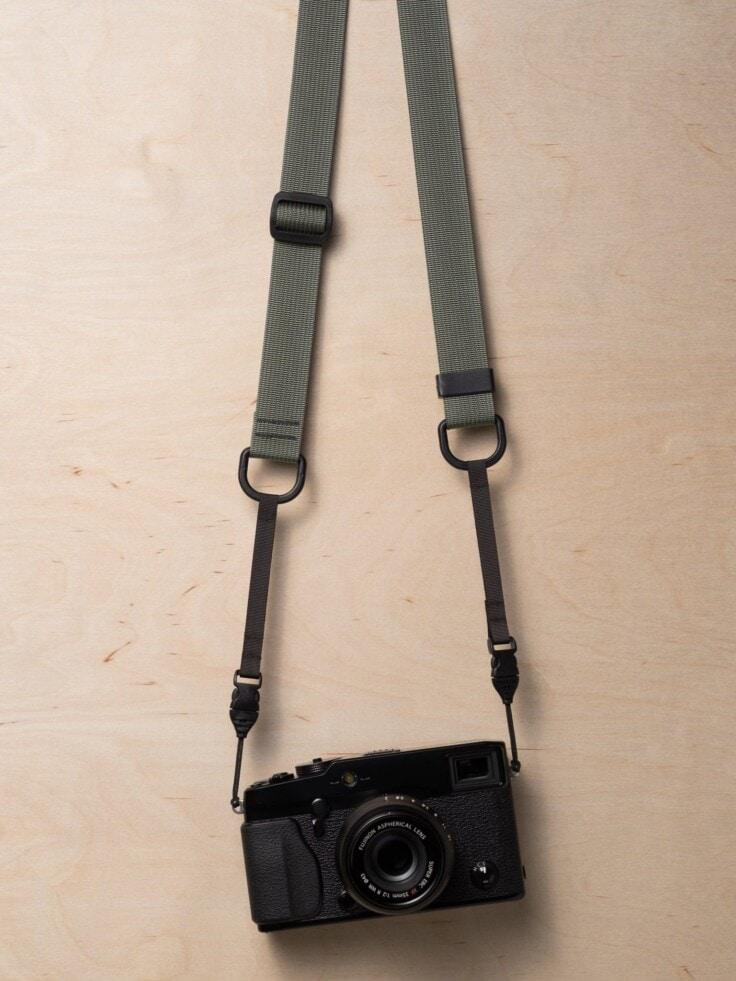 M1a Mirrorless Camera Strap in Castor Gray on Fujifilm X-Pro1