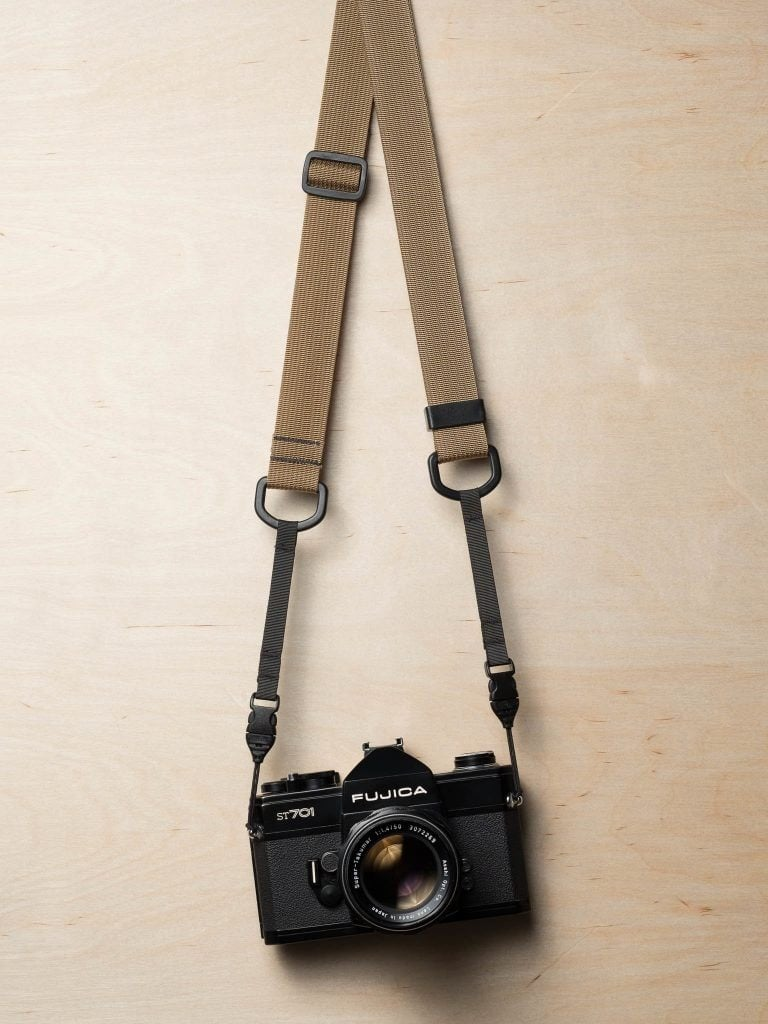 M1a Mirrorless Camera Strap in Desert Tan with Fujica ST701