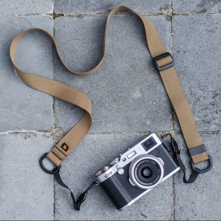 Bert Stephani's Fuji X100F with Desert Tan Simplr M1a