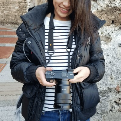 Simplr M1a Mirrorless Camera Strap on Sony a6300 mirrorless camera