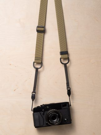 M1a Mirrorless Camera Strap in Khaki on Fujifilm X-Pro2