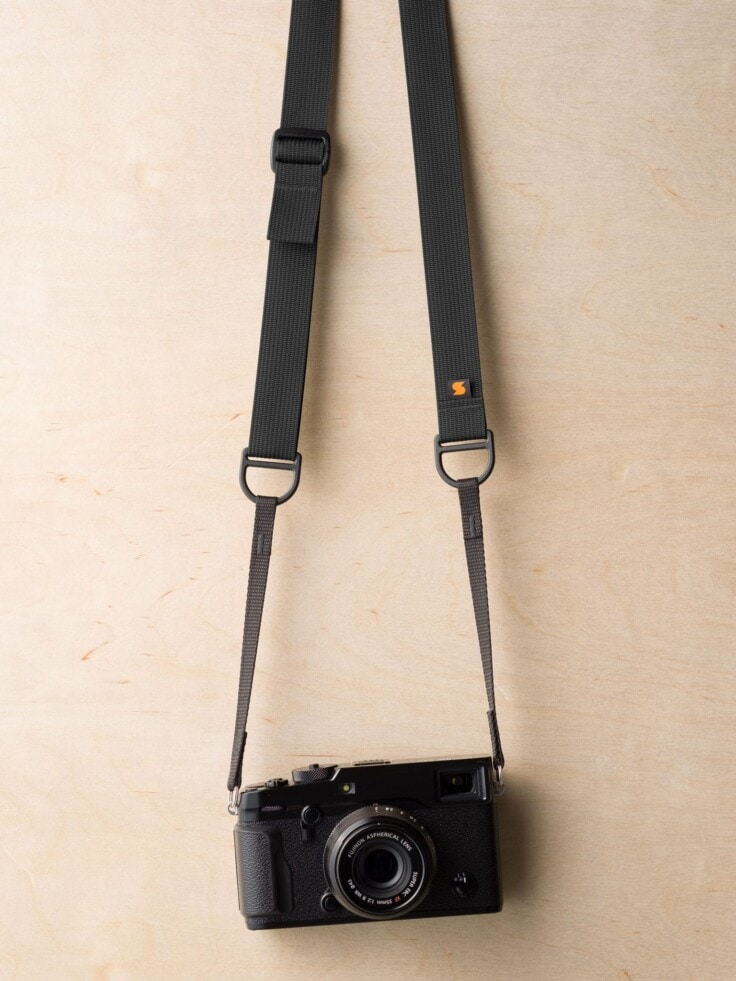 Simplr F1 Camera Strap in Black on Fuji X-Pro2
