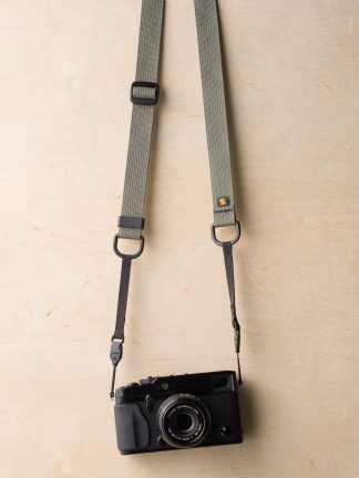 M1ultralight Camera Strap on Fuji X-Pro1 in Castor Gray