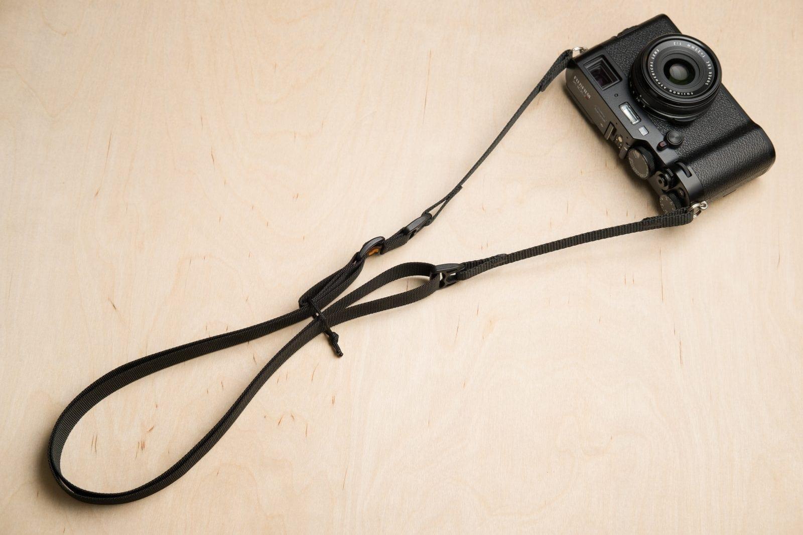 جزئیات محصول تسمه دوربین Simplr F1ultralight
